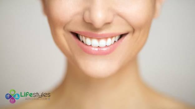 10 natural remedies for brightening up your teeth